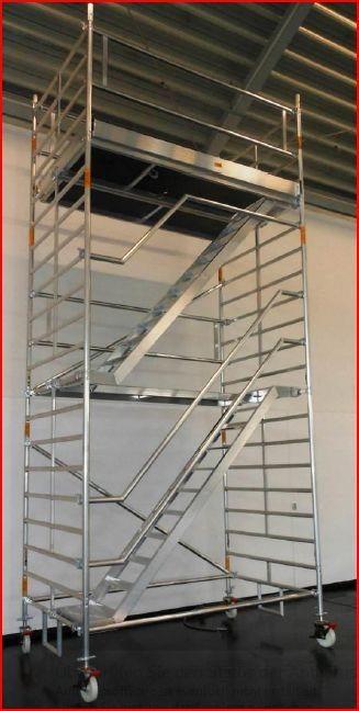 Albert Gerüste Alu-Fahrgerüst Typ 7500 mit Treppenaufstieg
