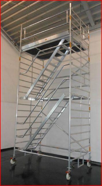 Albert Gerüste Alu-Fahrgerüst Typ 7500 mit Treppenaufstieg2