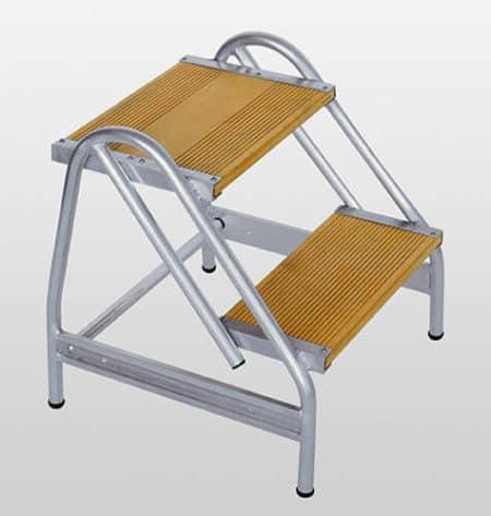 Günzburger Steigtechnik Alu Arbeitspodest einseitig begehbar | Holz