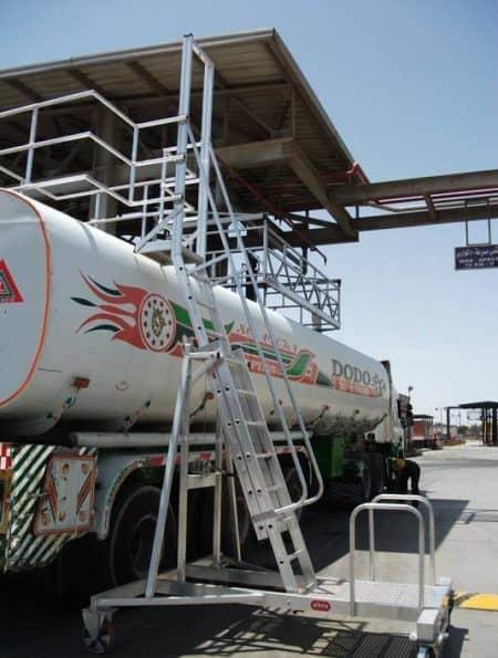 altrex tankwagenleiter - containerleiter im einsatz